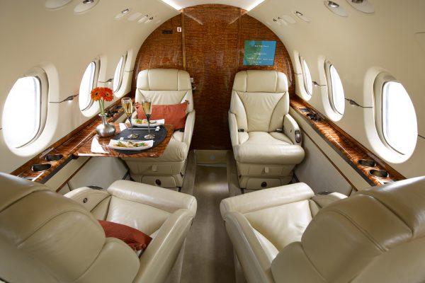 PRIV H800 N280CB interior seats