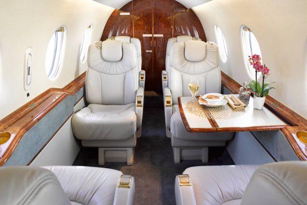 PRIV-HB400-N982AR-interior chairs