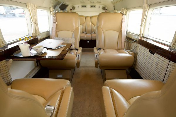 PRIVAIRA-CARAVAN-N406CR-interior overview