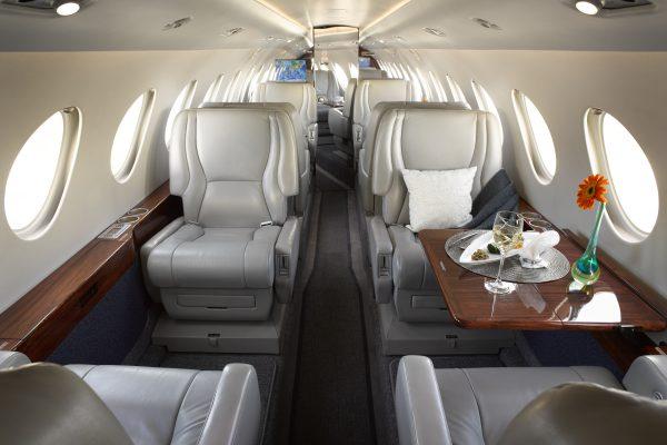 PRIVAIRA F50 N752JC interior overview
