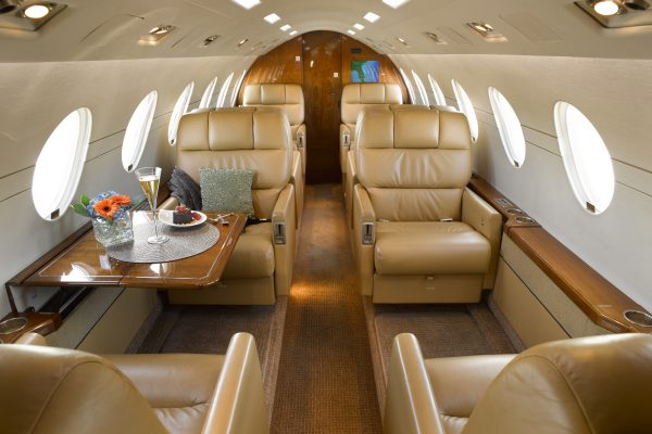 PRIVAIRA FALCON50 N56LN interior overview